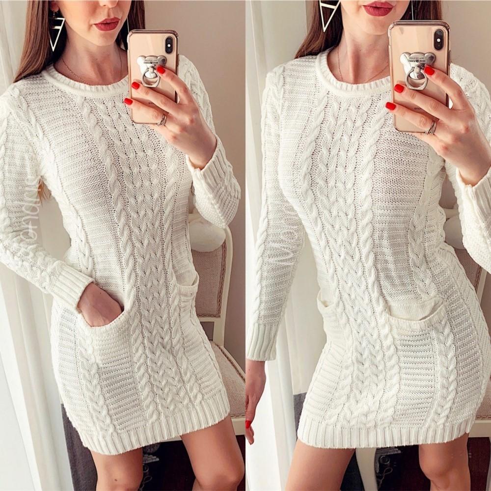 Rochie superba ieftina din tricot alba cu model impletit si buzunare