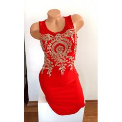 Rochie eleganta scurta stramta rosie cu corset brodat