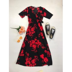 Rochie lunga casual de vara confortabila neagra cu flori rosii