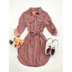 Rochie ieftina casual stil camasa roz si neagra cu linii verticale si cordon in talie