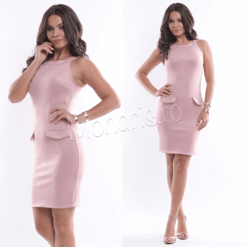 Rochie eleganta scurta stramta roz cu buzunare aplicate