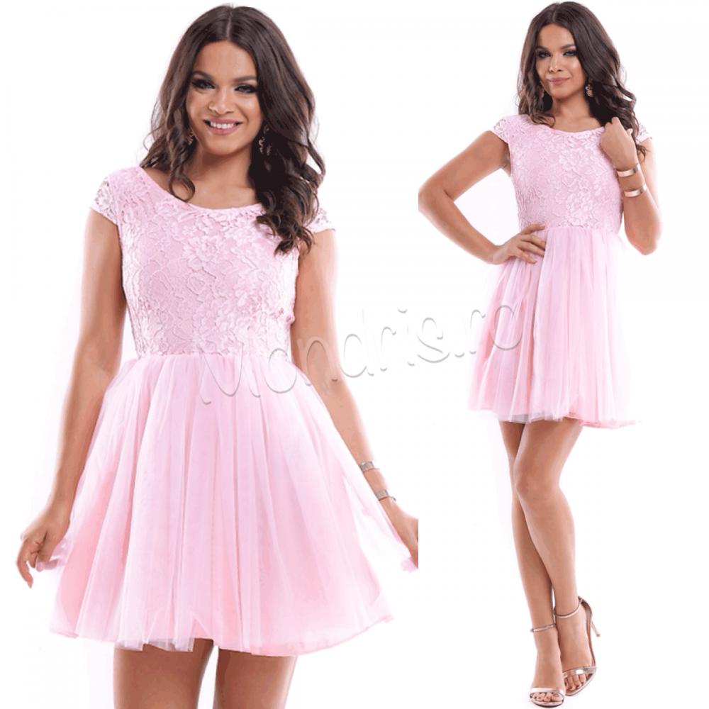 Rochie ocazie eleganta scurta roz din voal cu corset dantelat