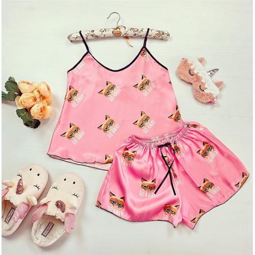 Pijama dama ieftina primavara-vara roz din satin lucios cu imprimeu GC go away