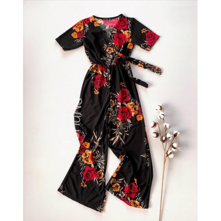 Salopeta dama casual lunga neagra cu imprimeu floral rosu si cordon in talie