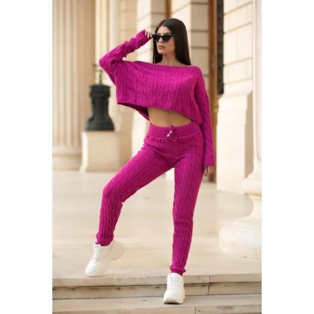 Trening dama din tricot roz fuchsia cu bluza pe umar si pantaloni cu model impletit