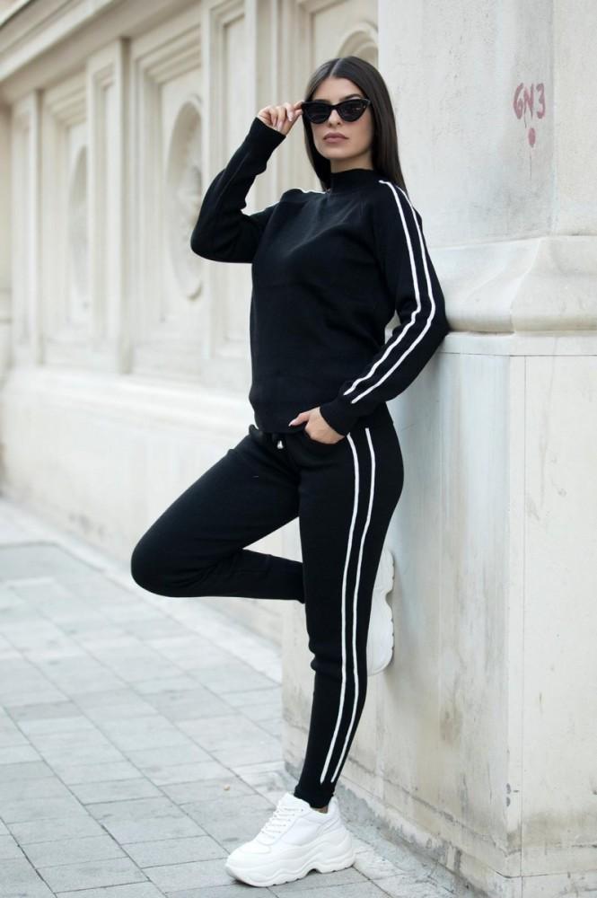 Trening dama lung din tricot negru cu dungi subtiri albe