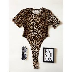 Body dama ieftin bumbac maro decupat lateral cu imprimeu Leopard
