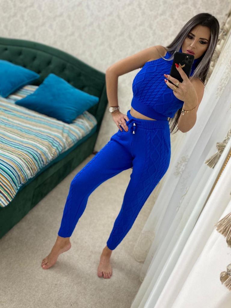 Trening dama 4 piese cardigan + pantaloni + maieu + body din tricot albastru