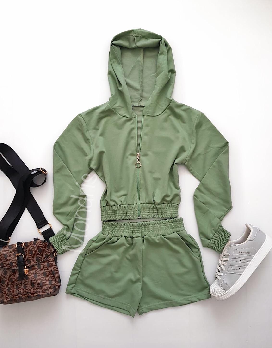 Compleu dama din bumbac verde compus din pantaloni scurti si hanorac scurt