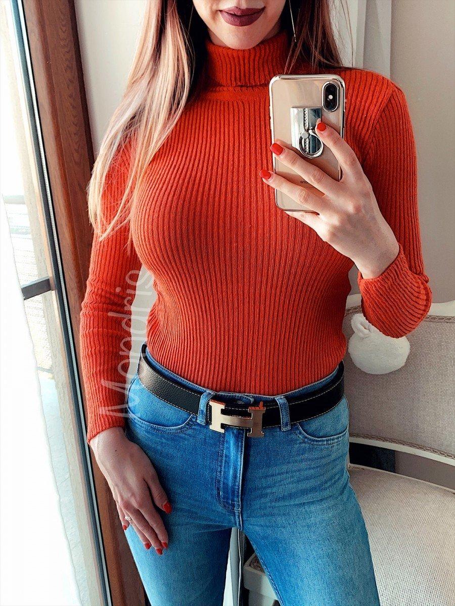 Pulover dama ieftin din tricot portocaliu cu model in dungi si guler inalt