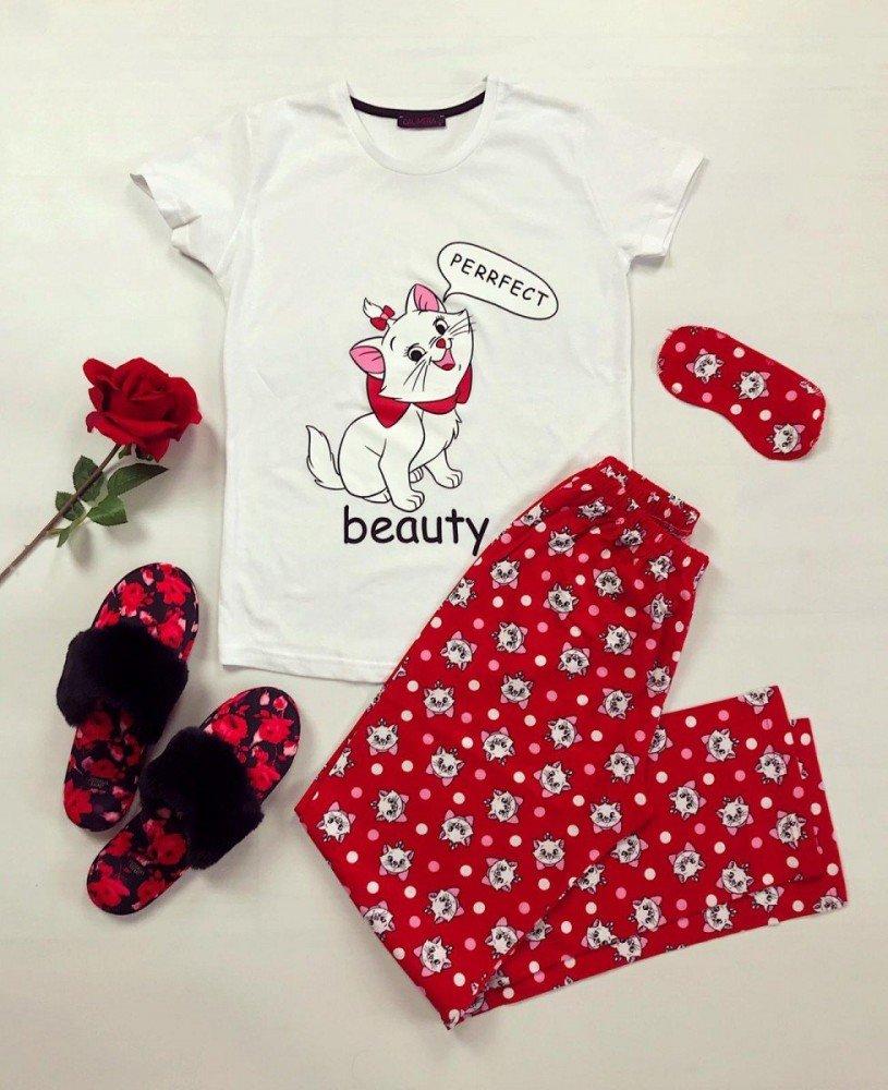 Pijama dama ieftina din bumbac cu tricou alb si pantaloni rosii cu imprimeu Beauty Cat