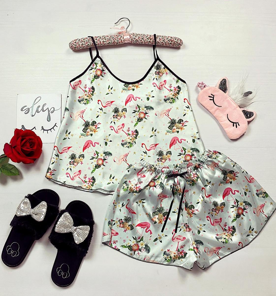 Pijama dama ieftina primavara-vara alba din satin lucios cu imprimeu flamingo