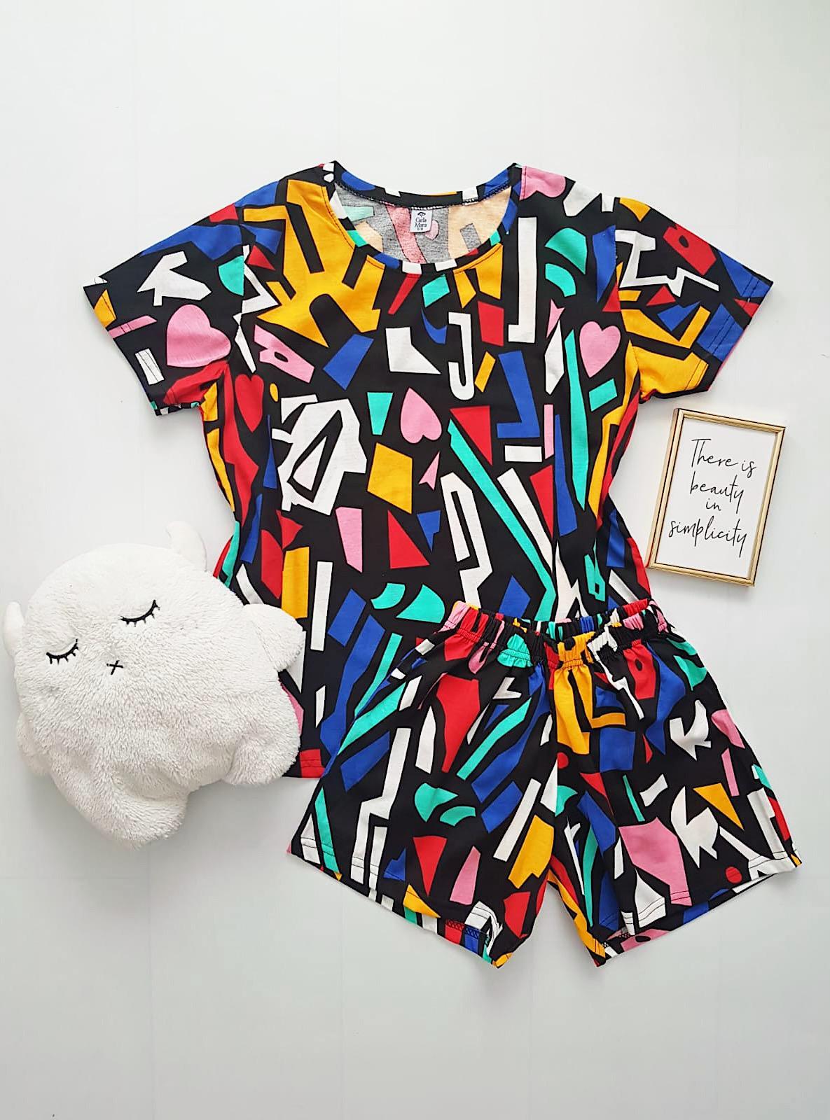Pijama dama bumbac colorata scurta cu tricou cu imprimeu geometric