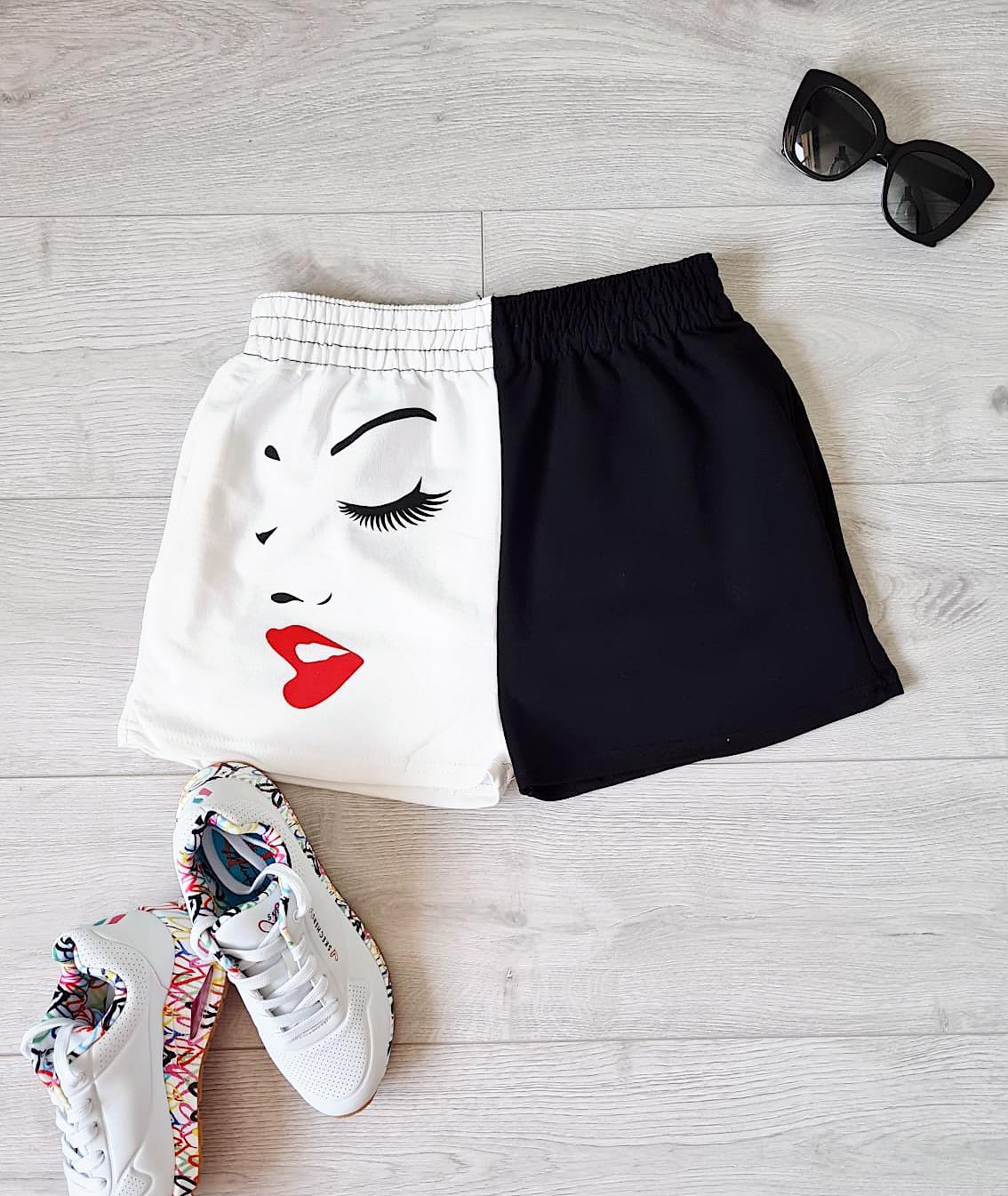 Pantaloni dama casual half alb/negru scurti cu imprimeu Girl