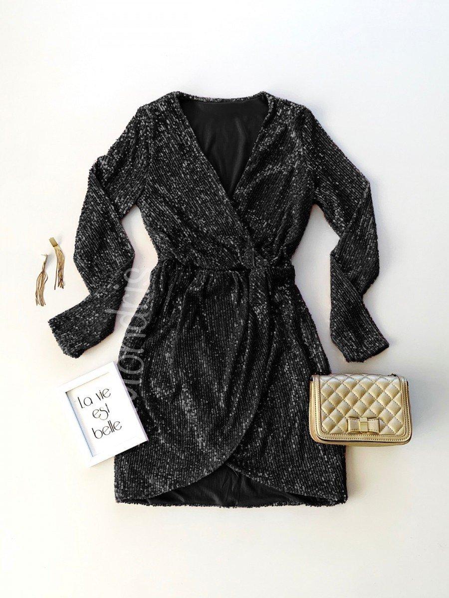 Rochie eleganta neagra cu maneca lunga si paiete si decolteu adanc