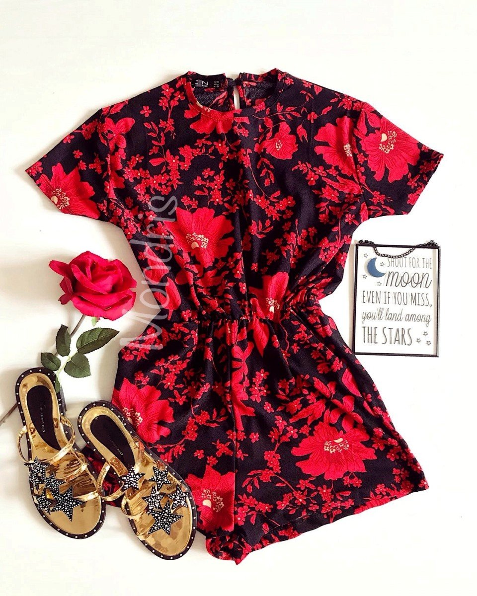 Salopeta dama casual de vara confortabila neagra cu imprimeu cu flori rosii